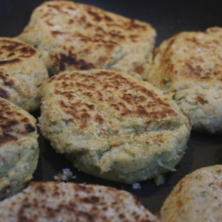 Chickpea and coriander burgers