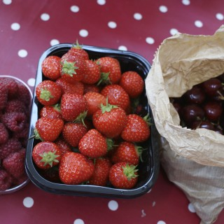 Cherries and berries jam, and the joy of scum!