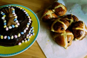 Easter chocolate cake and chocolate orange hot cross buns