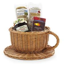 St Kew Teacup hamper from Lakeland