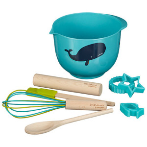 Kids baking equipment