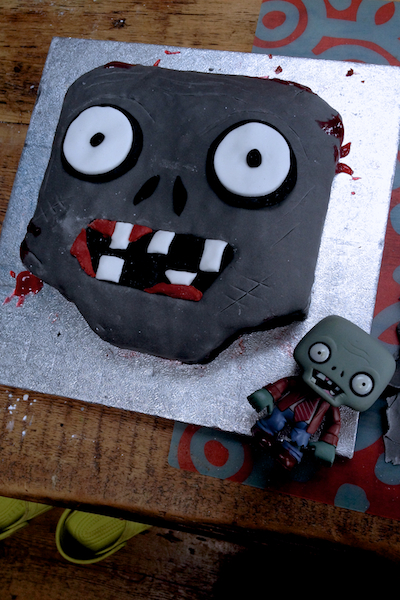 Pleasing Zombie Birthday Cake Idea Personalised Birthday Cards Veneteletsinfo