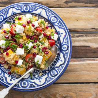 Quinoa salad for summer sides feature
