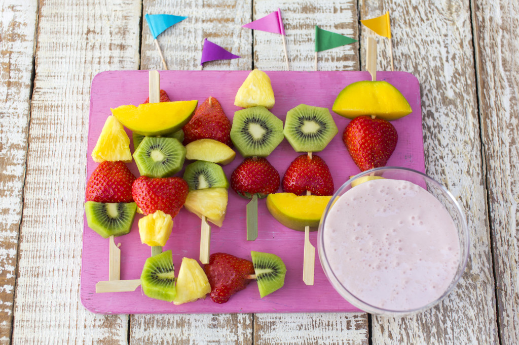 Fruit kebabs with strawberry dip (photo by Sharron Gibson)