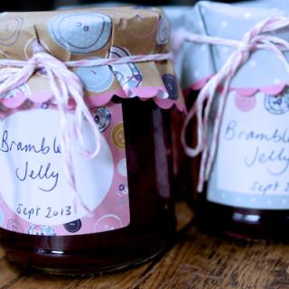 Bramble jelly on feedingboys.co.uk