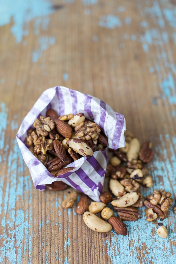 Nigella's spiced nuts