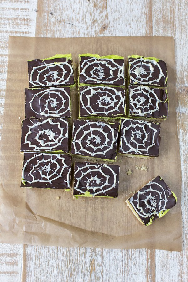 Cobweb peppermint squares