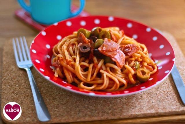 pasta_spinach_almonds_spices_galore