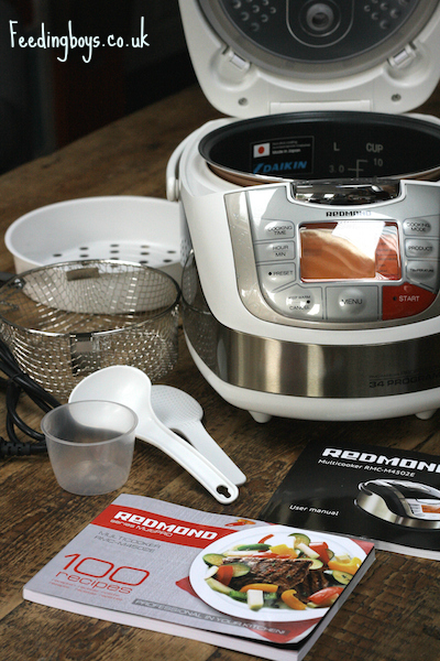The Redmond Multicooker RMC-M4502E review on Feedingboys.co.uk