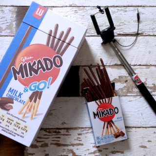 Win Selfie Stick & Mikado goodies