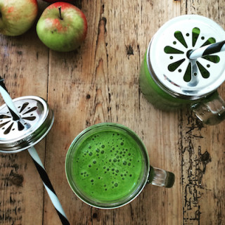 Healthy Green Smoothie recipe on Feedingboys.co.uk