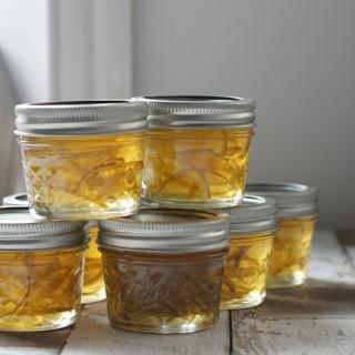 Gin and Lime Marmalade - edible Christmas gift idea on feedingboys.co.uk
