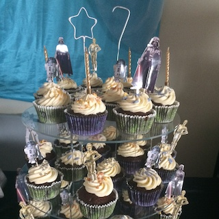Easy Star Wars Cupcakes via Lakeland