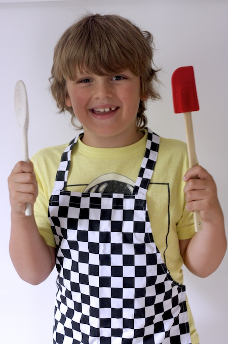 Cooking with kids on feedingboys.co.uk