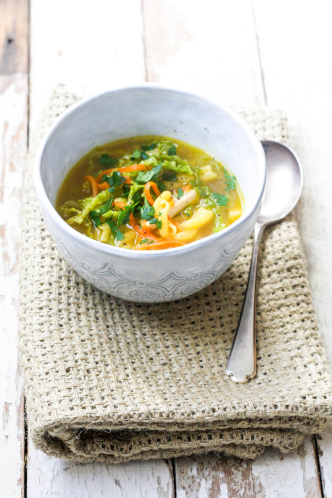 How to make easy Chicken and Pasta soup on feedingboys.co.uk