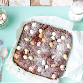 How to make fudgy Mini Egg Gluten Free Chocolate Brownies on feedingboys.co.uk