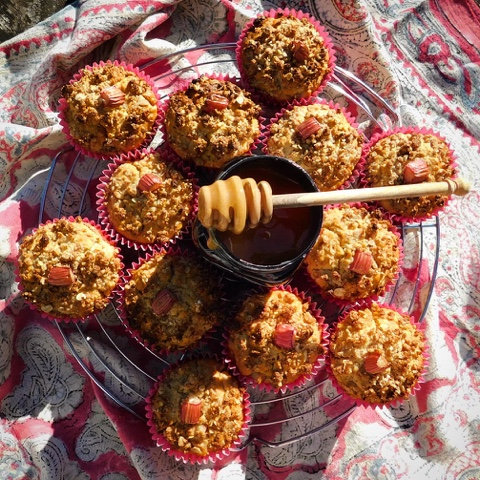 Rhubarb Streusel Manuka Honey Muffins by Foodie Quine for Simple and in Season on feedingboys.co.uk