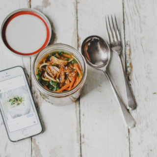 pulled pork noodle jars on feedingboys.co.uk for #thepoweroffrozen