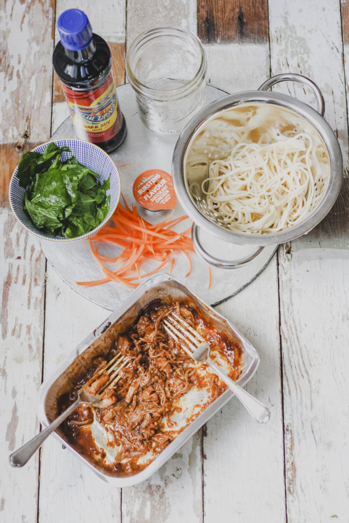 pulled pork noodle jars ingredients on feedingboys.co.uk for the #poweroffrozen