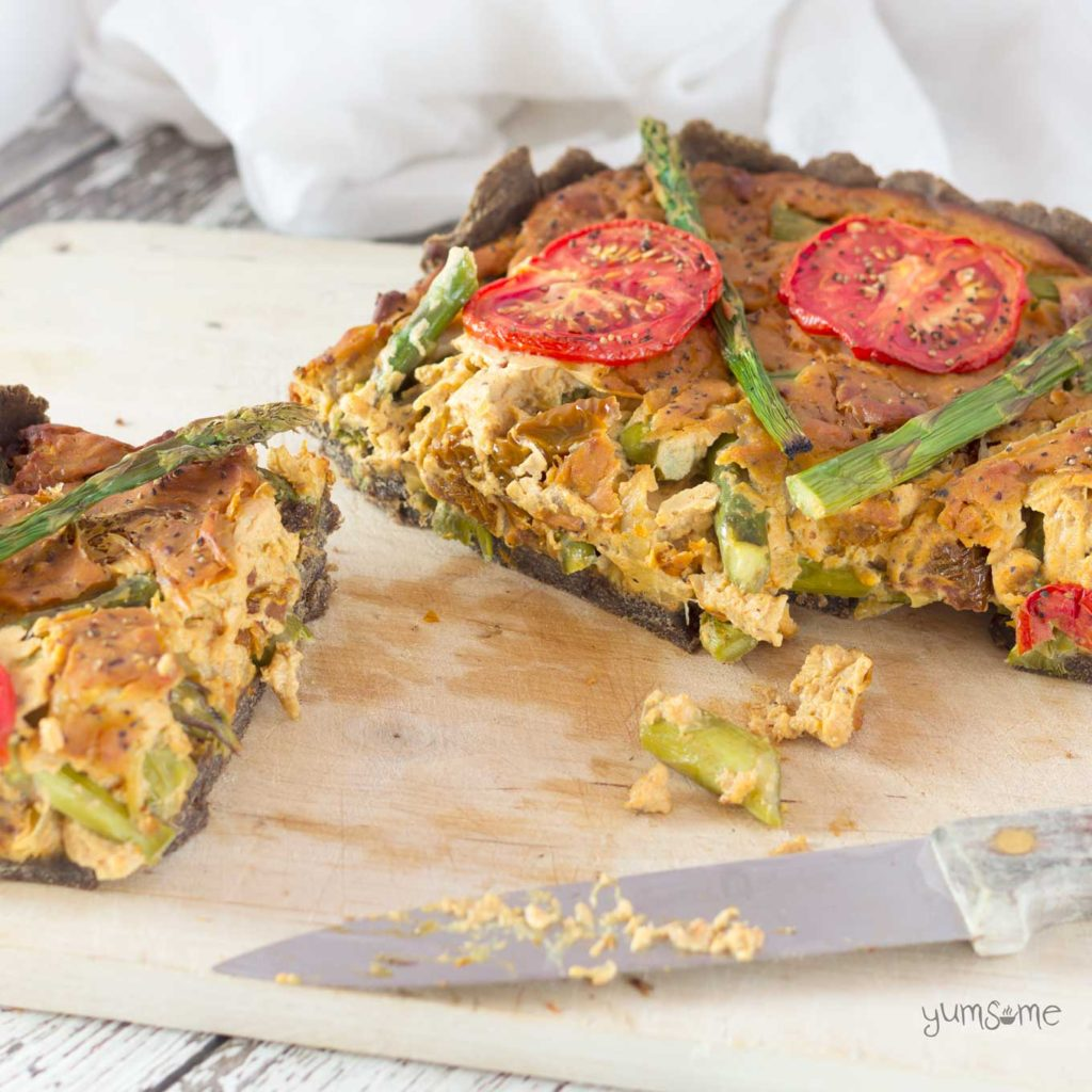Vegan Asparagus and Sun-Dried Tomato Quiche from Yumsome for Simple and in Season on feedingboys.co.uk