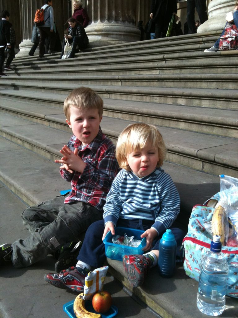 Toddler snacks: top tips with Feeding Boys and Organix #NoJunkJourney