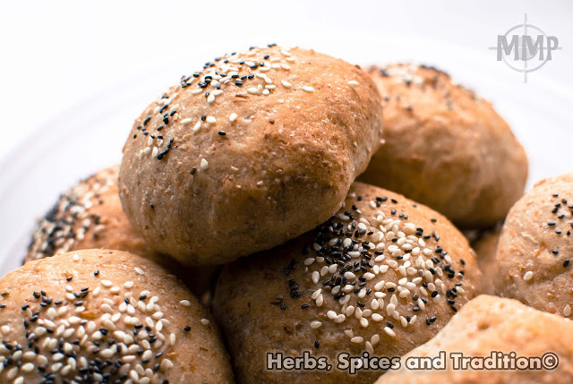 Freshly baked brown buns from Herbs, Spices and Tradition for Simple and in Season on feedingboys.co.uk