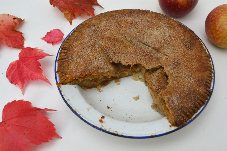 Granny's Apple Pie by Tin and Thyme for Simple and in Season on feedinghboys.co.uk