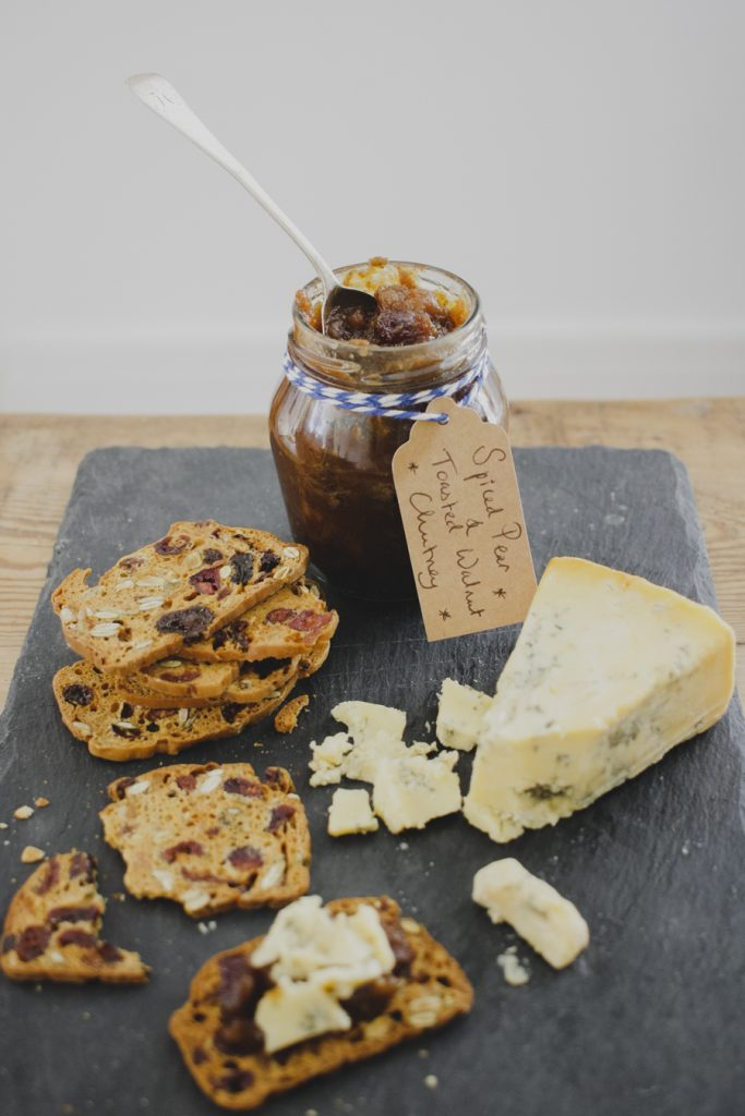 How to make Toasted Walnut and Spiced Pear Chutney on feedingboys.co.uk